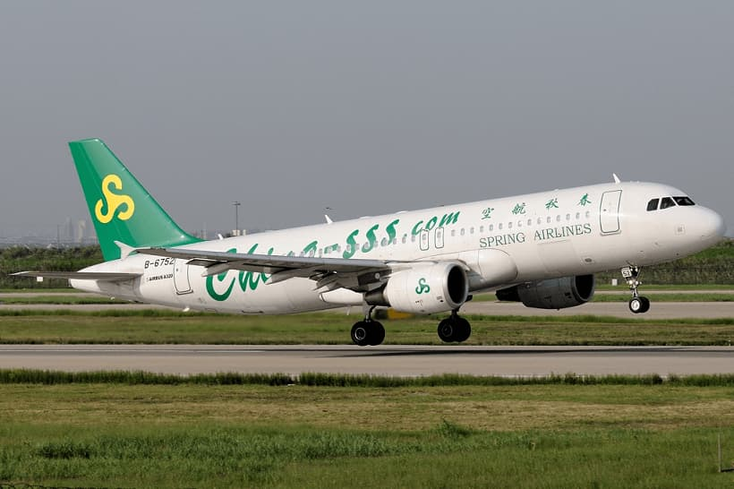 Spring-Airlines-Airbus-A320-214